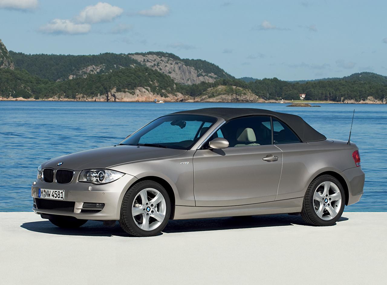 Fotos BMW 125i Cabrio AT E88 Cabriolet graues Autos Seitlich Metallisch Grau graue auto automobil