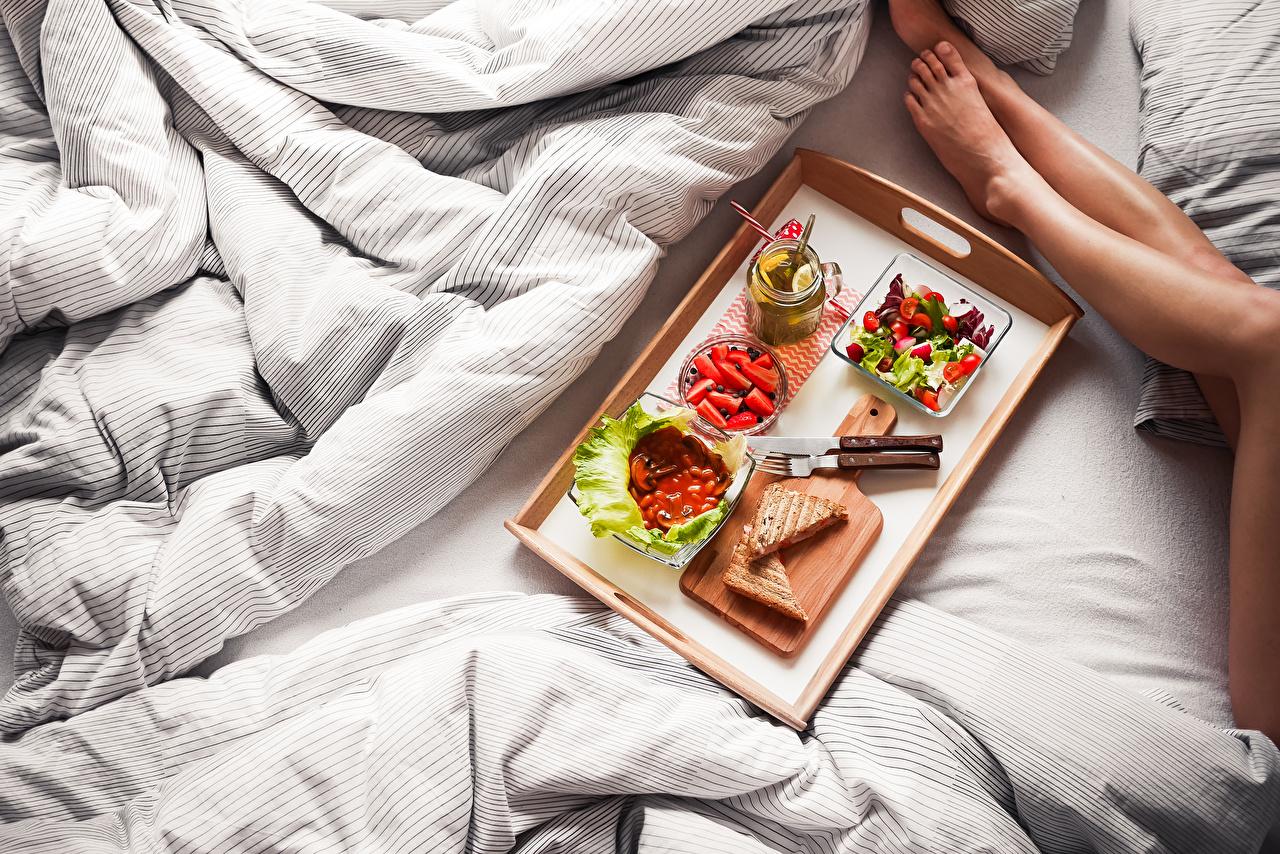 Wallpaper Knife Tray Breakfast Legs Bed Fork Food Salads Cutting board