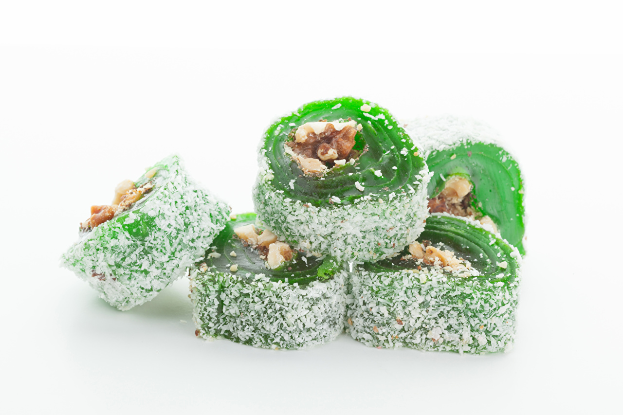 Photo Turkish delight Green Powdered sugar Food Sweets White background lokum confectionery