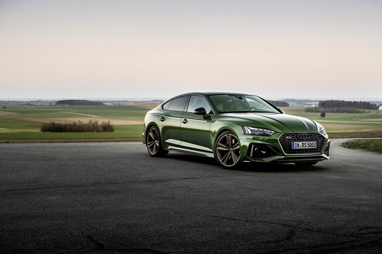 Desktop Hintergrundbilder Audi RS5 Sportback, 2020 Grün automobil Metallisch auto Autos