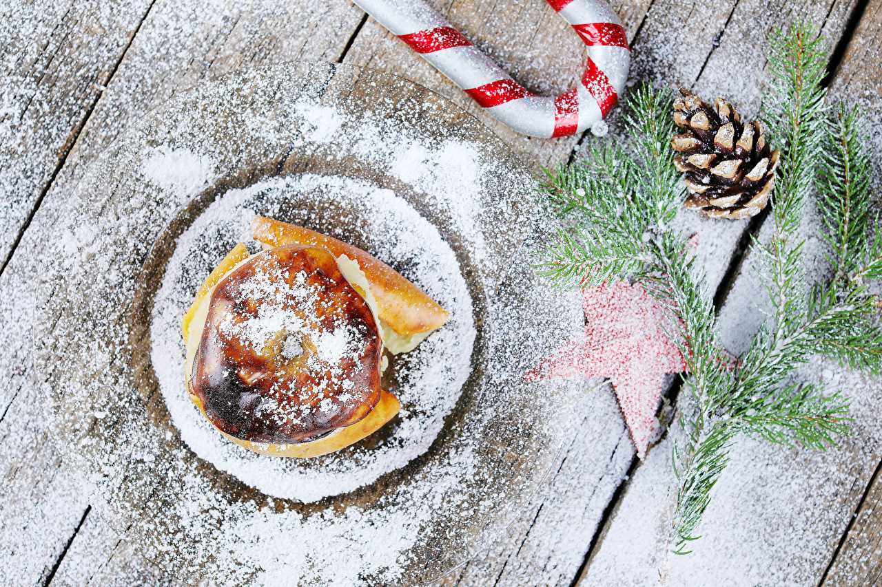 Picture New year Bratapfel Powdered sugar Apples Food Branches Pine cone Wood planks Christmas Conifer cone boards