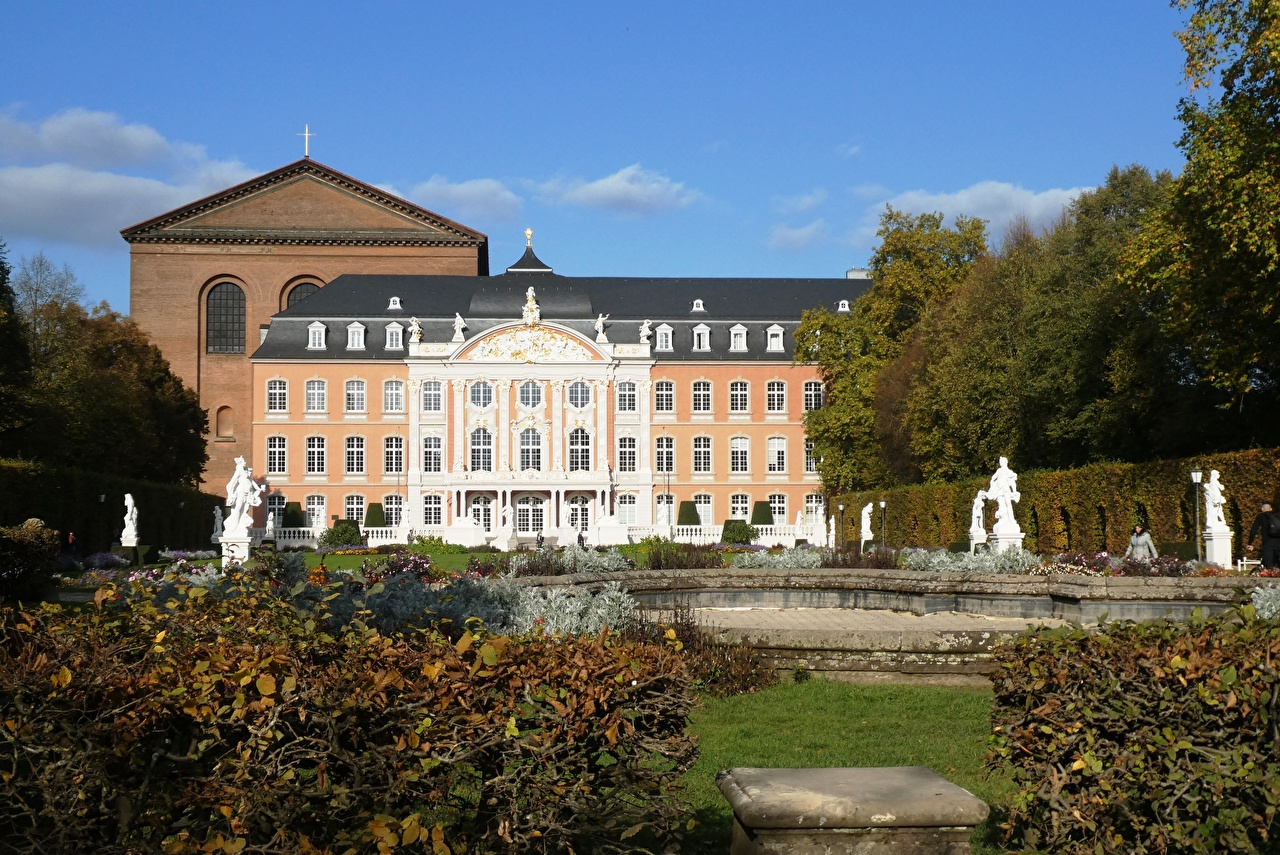 Pictures Palace Germany Monuments Electoral Palace, Trier, Rhineland-Palatinate Gardens Cities Sculptures
