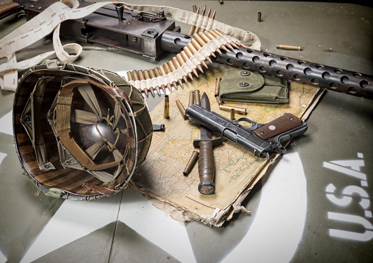 壁紙 ミリタリーヘルメット ピストル ナイフ ートリッジ 火器