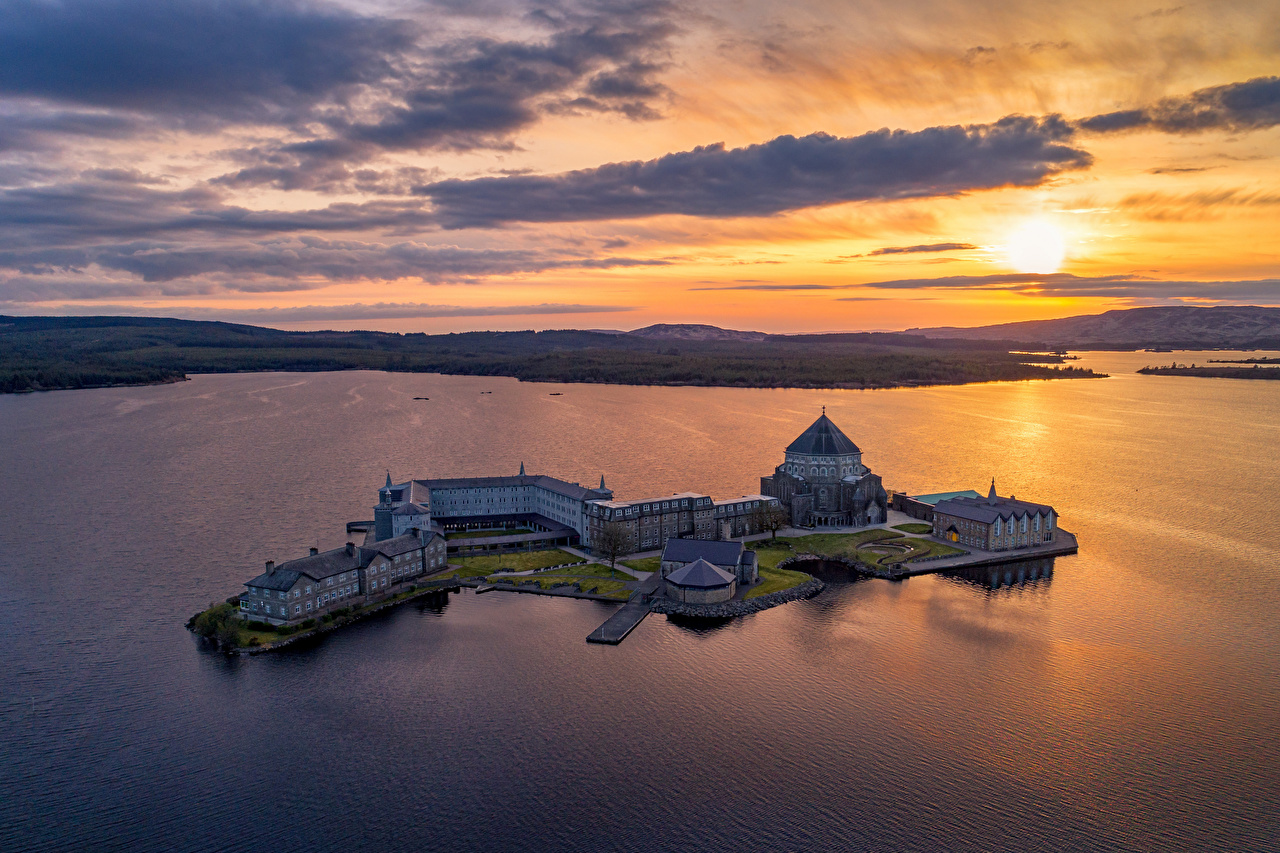Picture Church Ireland Donegal, Lough Derg, St Patrick's Sanctuary Nature Lake Island sunrise and sunset Evening From above Sunrises and sunsets