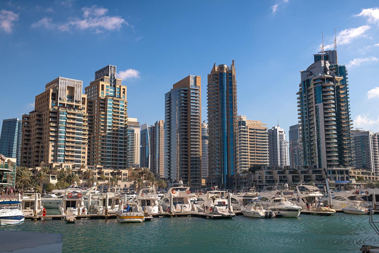 Images Dubai Emirates UAE Boats Yacht Marinas Skyscrapers Houses Cities Pier Berth Building