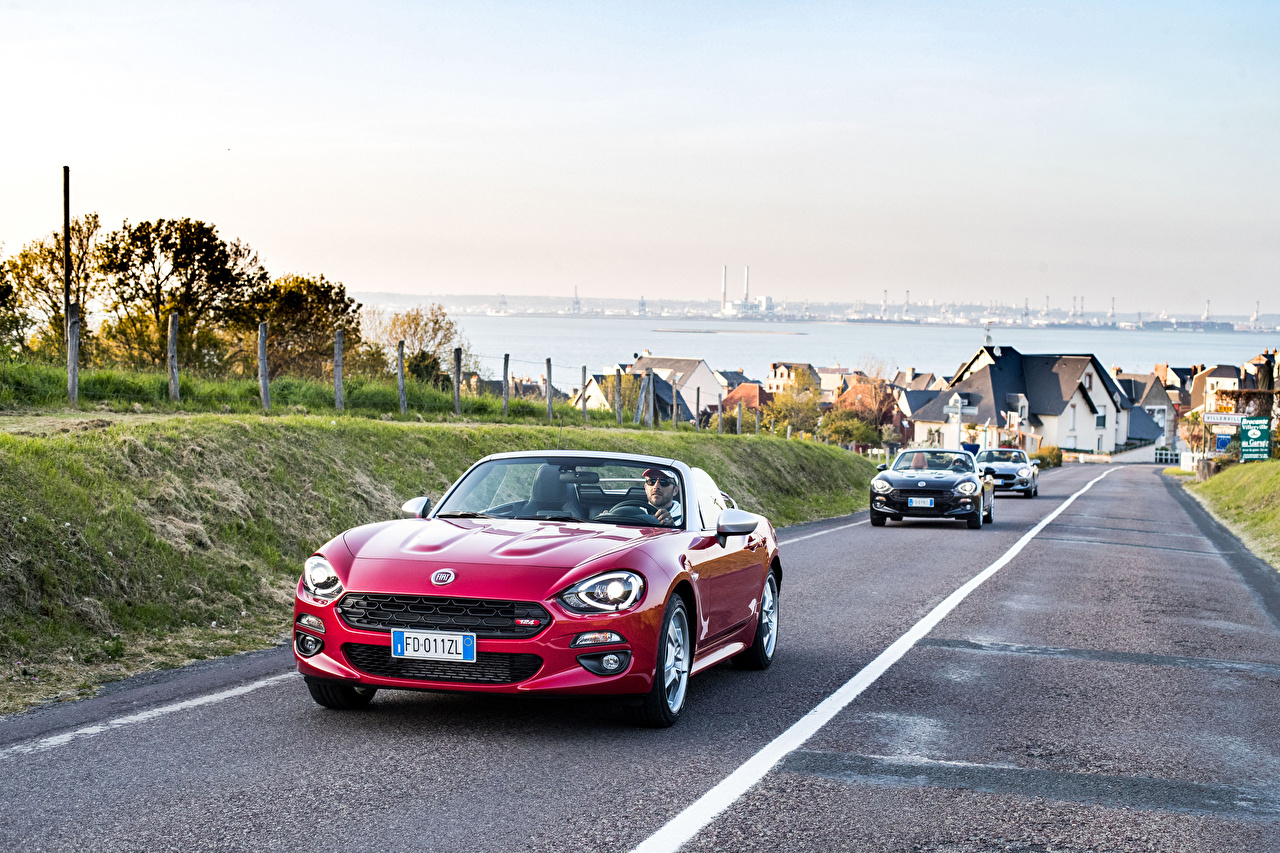 Wallpaper Fiat 2017 124 Spider-Europa Cabriolet Motion auto Metallic Convertible moving riding driving at speed Cars automobile