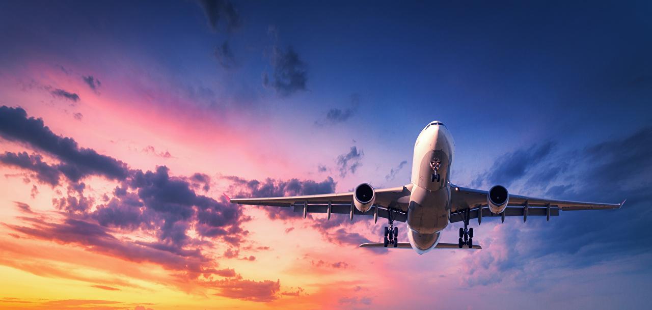 Fotos von Flugzeuge Verkehrsflugzeug Himmel Flug Luftfahrt