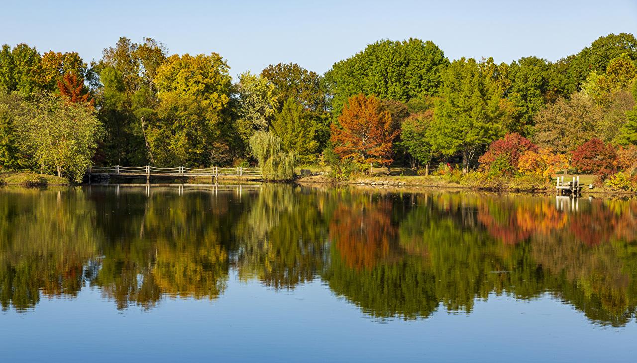 Desktop Hintergrundbilder USA Ozarks Missouri Natur Herbst Brücke Flusse Bäume Vereinigte Staaten Brücken Fluss