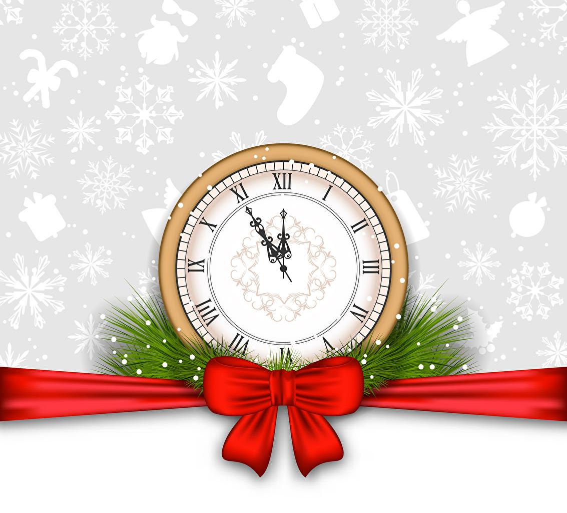 Fotos von Neujahr Uhr Schneeflocken Schleife Vektorgrafik