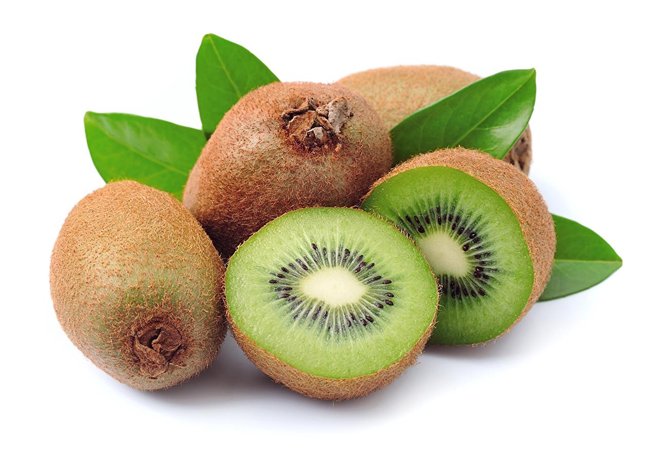 Images Kiwi Food Closeup White background Kiwifruit Chinese gooseberry