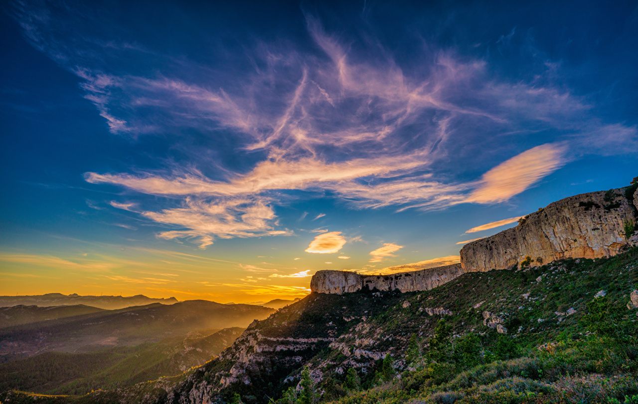 Images Spain Catalonia Crag Nature Mountains Sky Sunrises and sunsets Rock Cliff mountain sunrise and sunset
