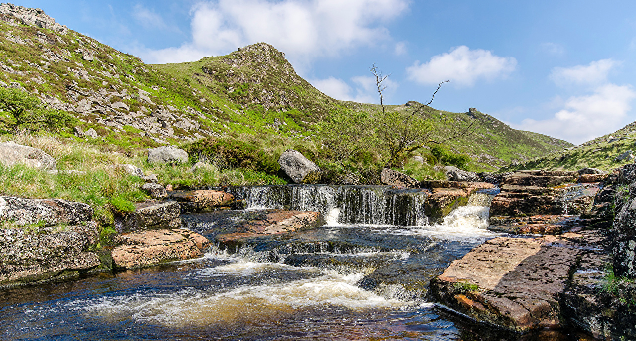 Картинка Англия Dartmoor Природа Холмы Реки Камни холм холмов река речка Камень