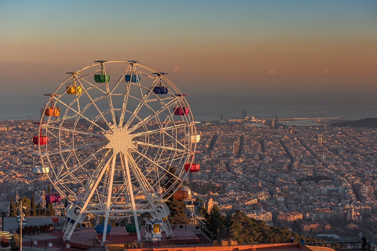 Photo Barcelona Spain Tibidabo Ferris wheel sunrise and sunset Cities Sunrises and sunsets