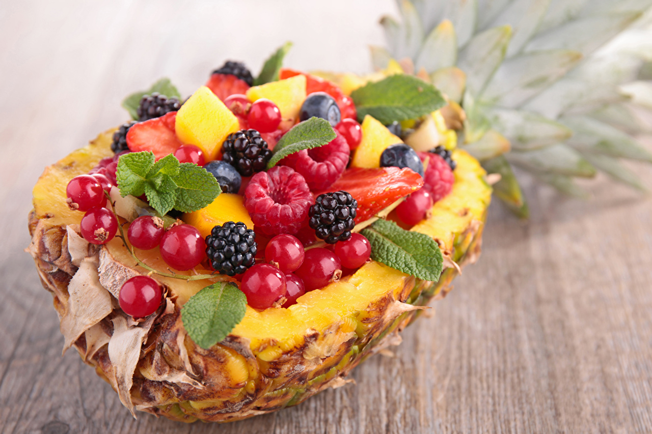 Picture Currant Raspberry Pineapples Blackberry Food Berry Fruit Wood planks Boards