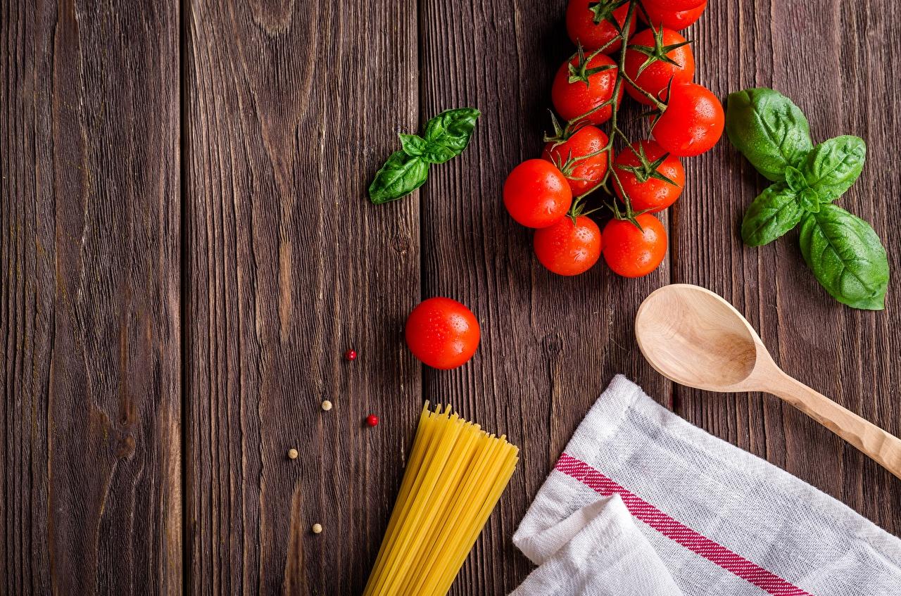 Image Pasta Tomatoes Food Spoon boards Wood planks