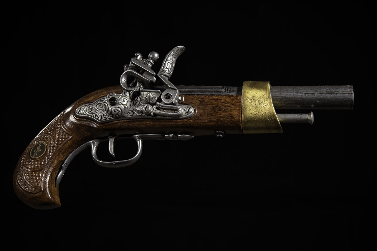 Foto Pistole Retro hautnah Schwarzer Hintergrund Pistolen antik Nahaufnahme Großansicht