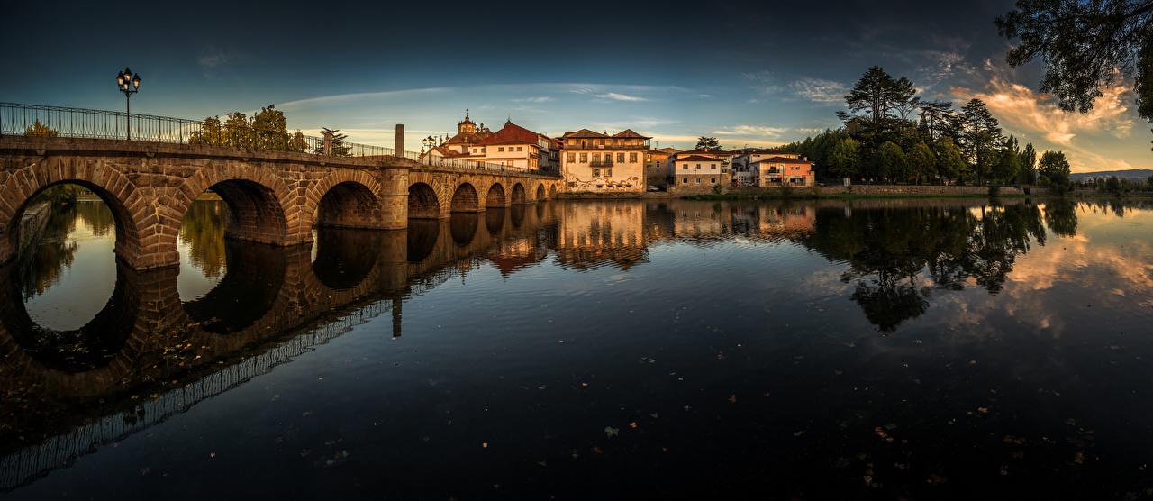 Tapety na pulpit Portugalia Panorama most Rzeki Domy Miasta panoramiczna Mosty rzeka miasto budynki budynek