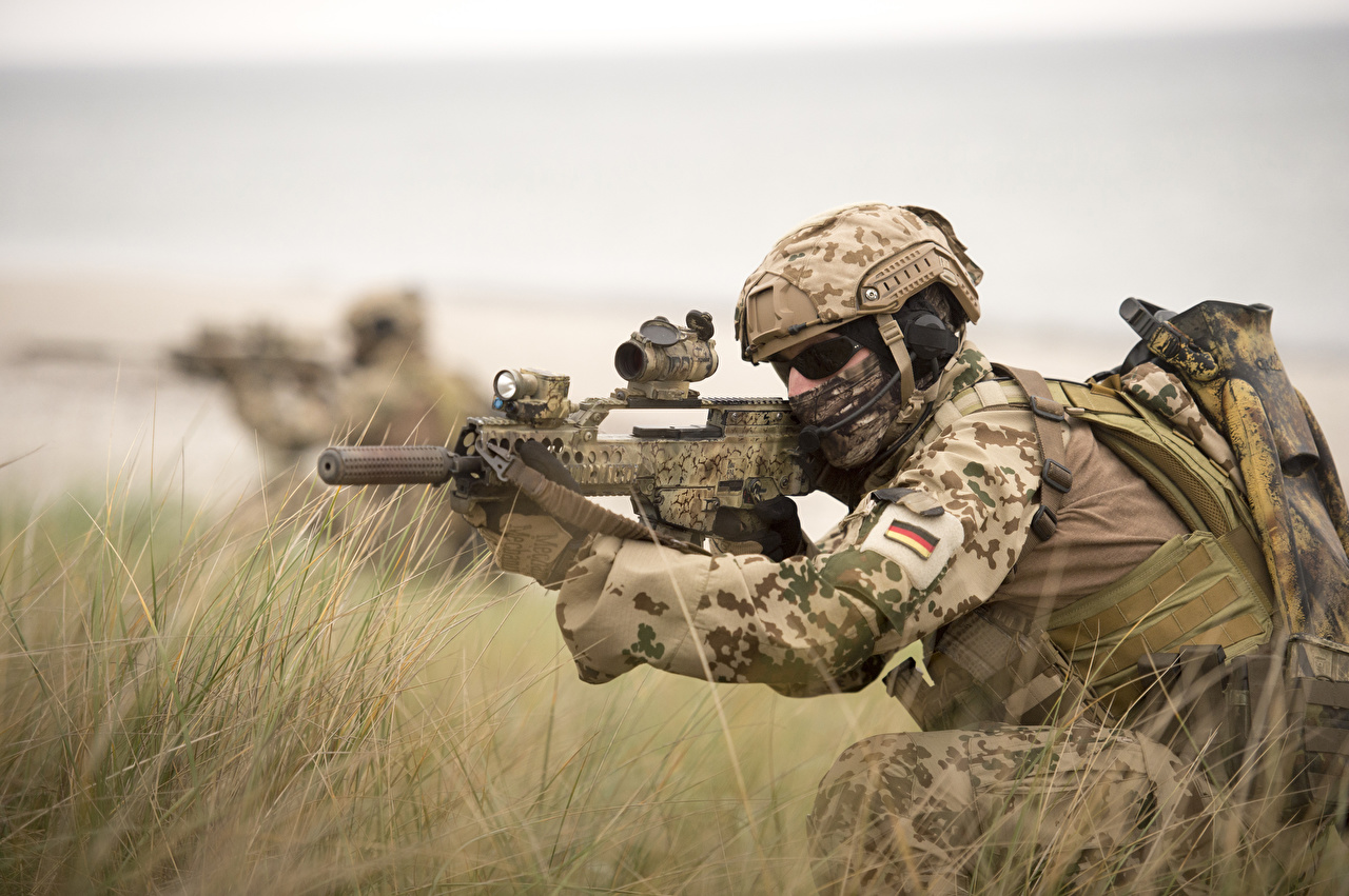 Image Army Soldiers Assault Rifle Special Forces German