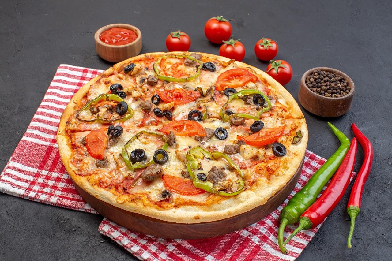 Bilder Pizza Tomaten Chili Pfeffer Schwarzer Pfeffer Lebensmittel Tomate das Essen
