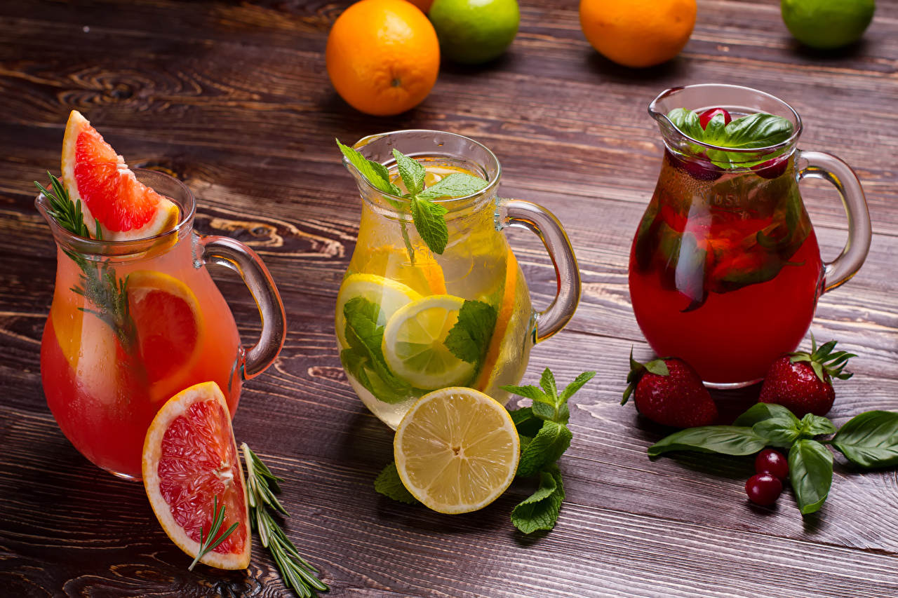 Pictures Lemonade Grapefruit Cherry Lemons Pitcher Strawberry Food Boards Drinks Jug container Wood planks