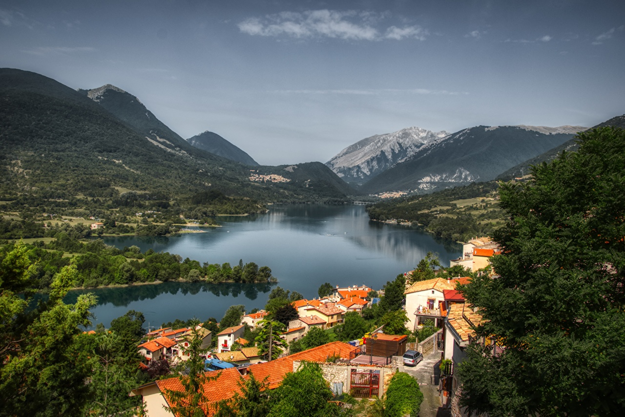 Wallpaper Italy Village Barrea, Abruzzo mountain Lake forest Cities Mountains Forests