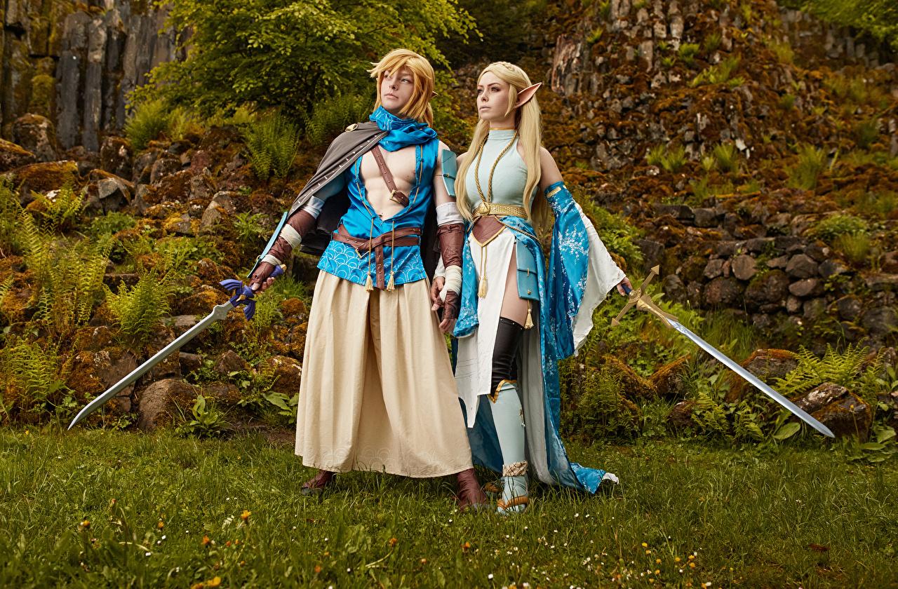 Bilder The Legend of Zelda Mikhail Davydov photographer Schwert Cosplay Link and Zelda Fantasy Mädchens junge frau junge Frauen