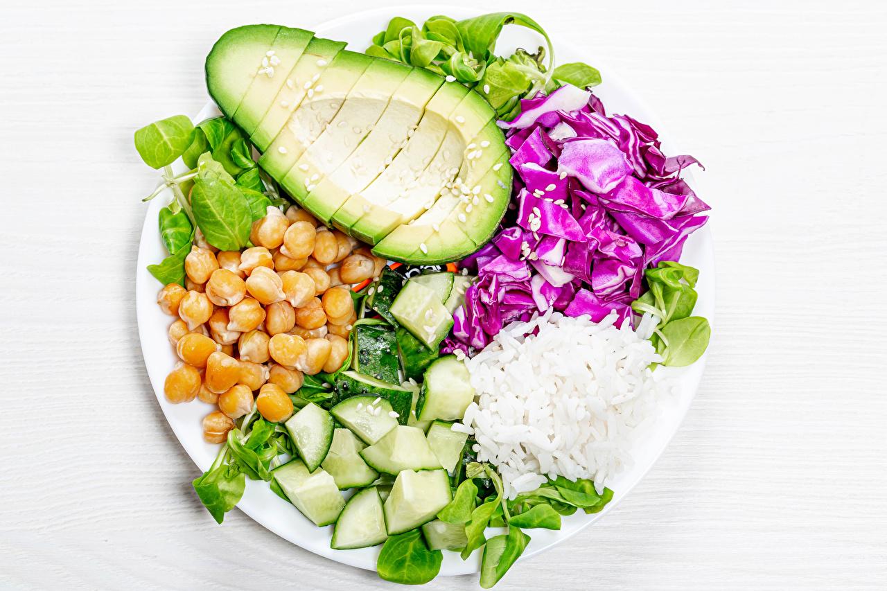 Fotos Reis Avocado Getreide Teller Gemüse das Essen Lebensmittel