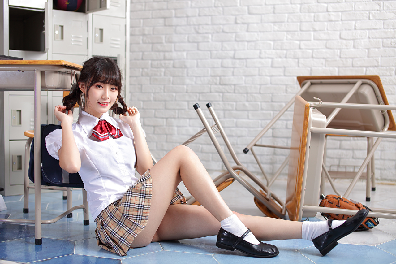Picture Skirt Schoolgirls Blouse female Legs Asian Sitting Staring Schoolgirl Girls young woman Asiatic sit Glance