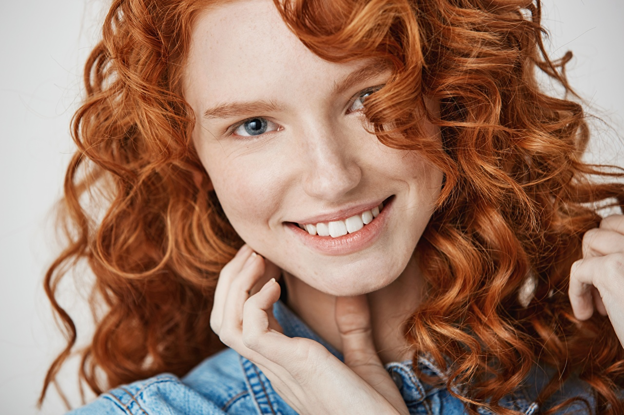 Pictures young woman Redhead girl Smile curls Hair Face Staring Girls female Curly Glance