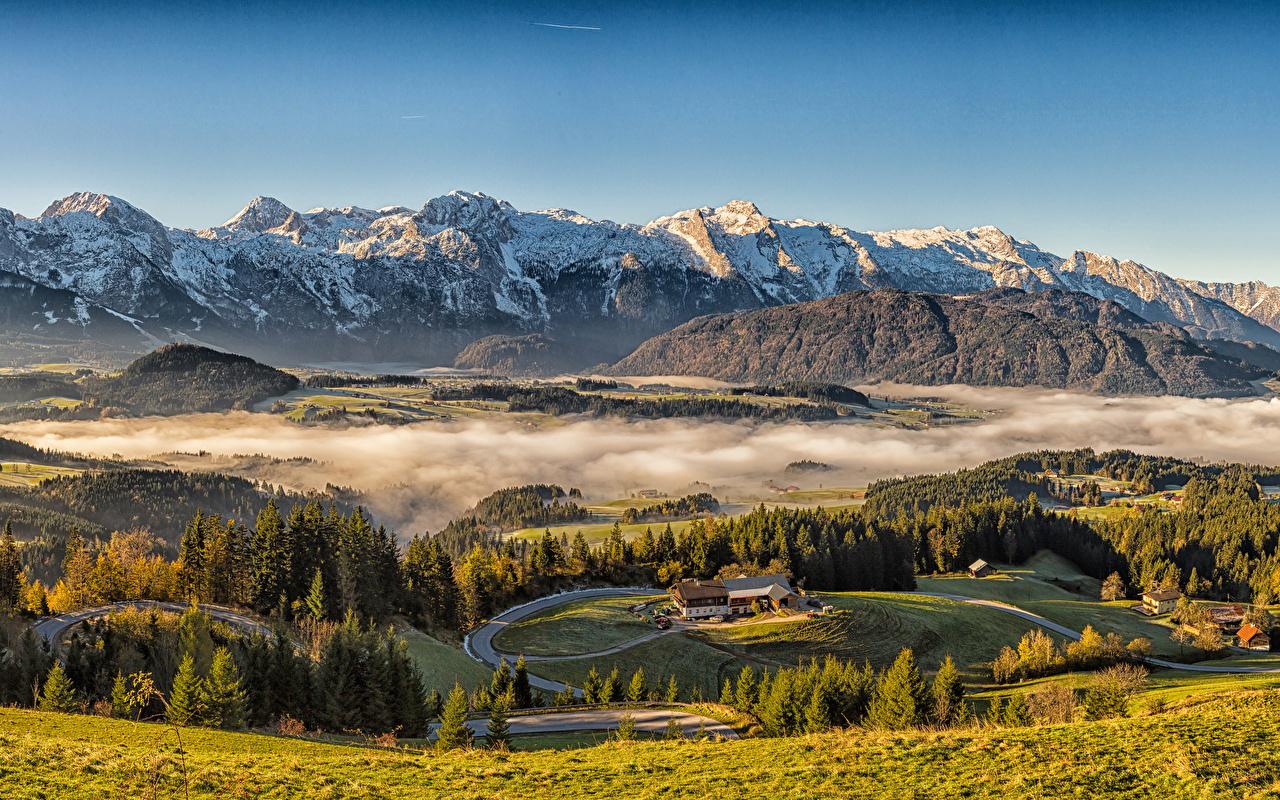 Foto Alpen Österreich Nebel Berg Natur Grünland Landschaftsfotografie Haus Gebirge Gebäude