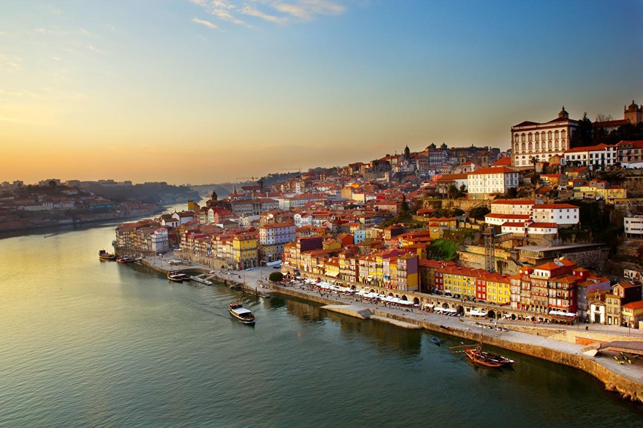 Portugal Oporto Ríos Amaneceres y atardeceres Casa Amarradero Barco de transporte fluvial river Dora Оcaso, río, Edificio, Atraque Ciudades