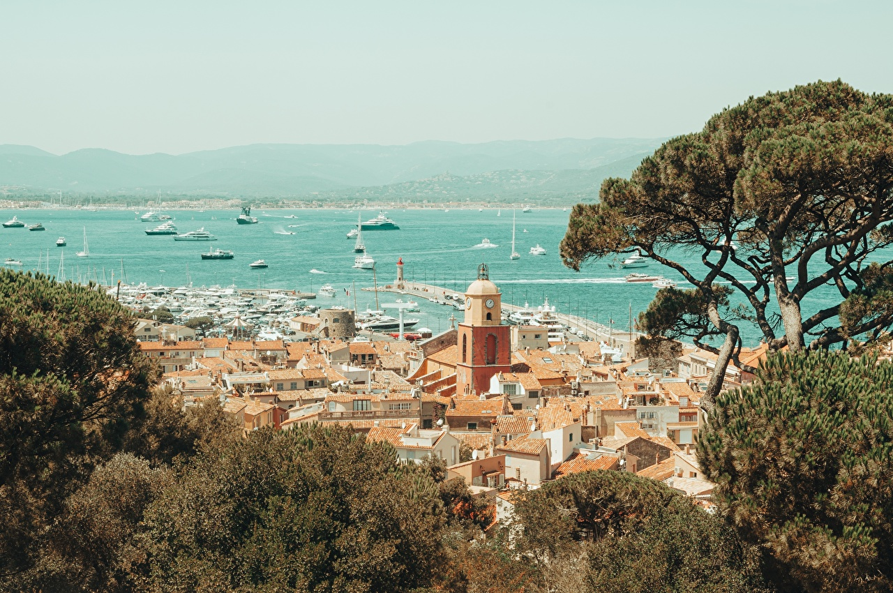 Photos France Saint-Tropez, Var department, arrondissement Draguignan, canton Saint-Maxime Ships Coast Trees Cities ship
