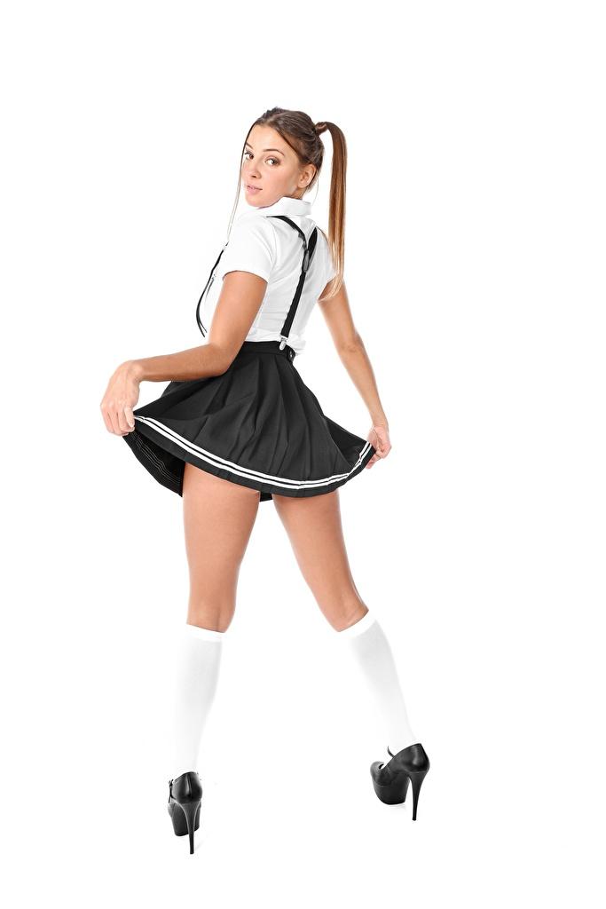 Bilder von Mädchens Melena A Maria Starren High Heels Long Socken Hand Rock iStripper Weißer hintergrund Bein  für Handy junge frau junge Frauen Blick Stöckelschuh
