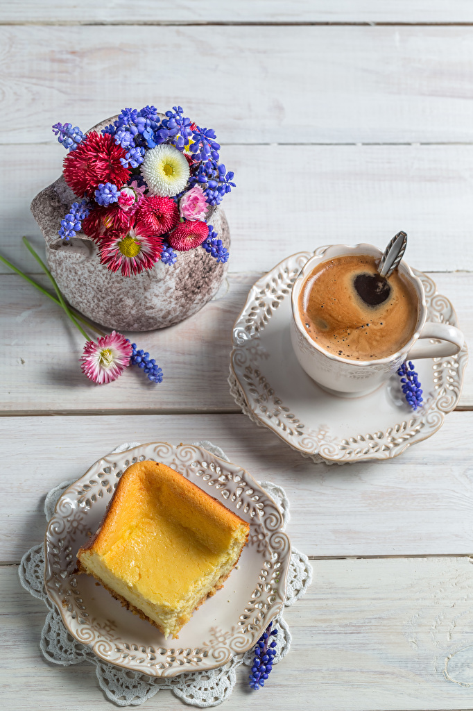 Bilder Sträuße Kaffee Gänseblümchen Tasse Teller Hyazinthen Lebensmittel Backware Bretter