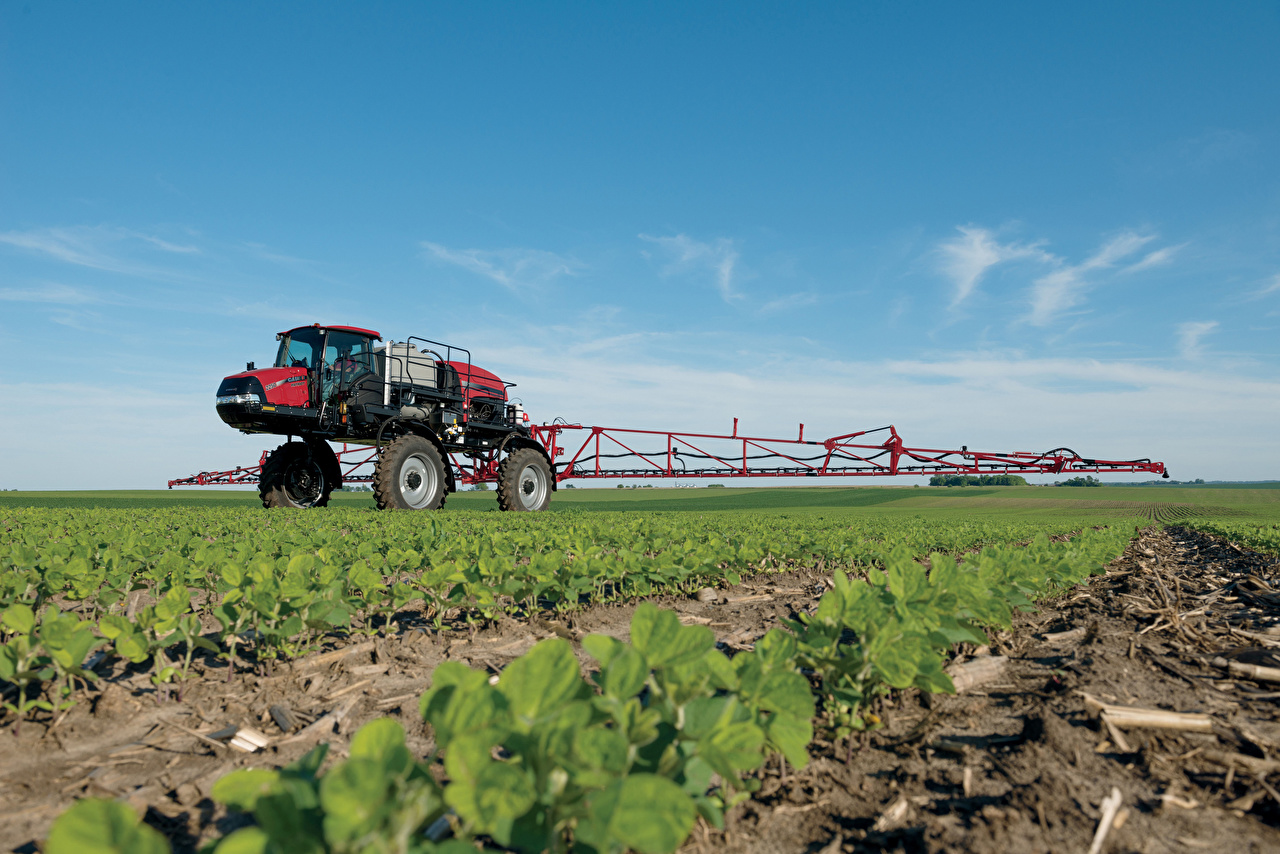 Photos Agricultural machinery 2015-17 Case IH Patriot 2250 Fields
