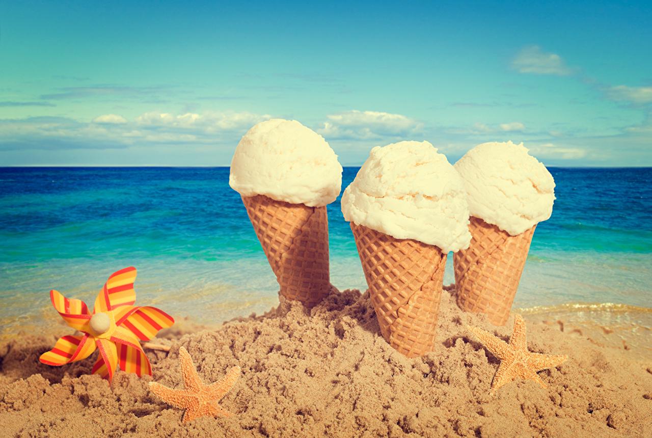 Sfondi alimento Stelle marine Spiaggia Mare Gelato Cielo Sabbia Cono gelato Cibo spiagge Arena