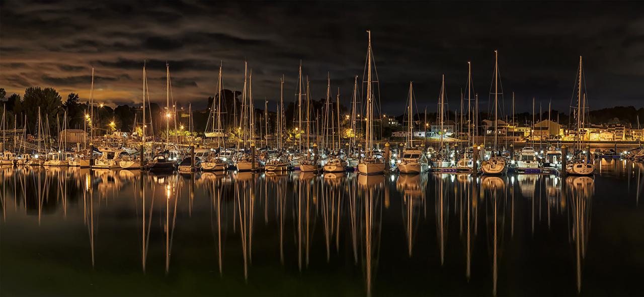 Bilder Spanien El Burgo Nacht Yacht Segeln Flusse Schiffsanleger Städte Jacht Bootssteg Seebrücke