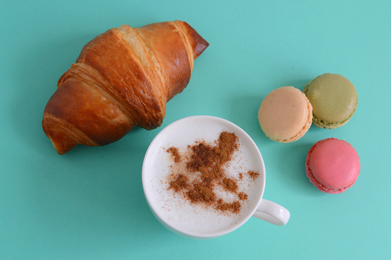 Photos Macaron Coffee Croissant Cappuccino Cup Food Colored background french macarons