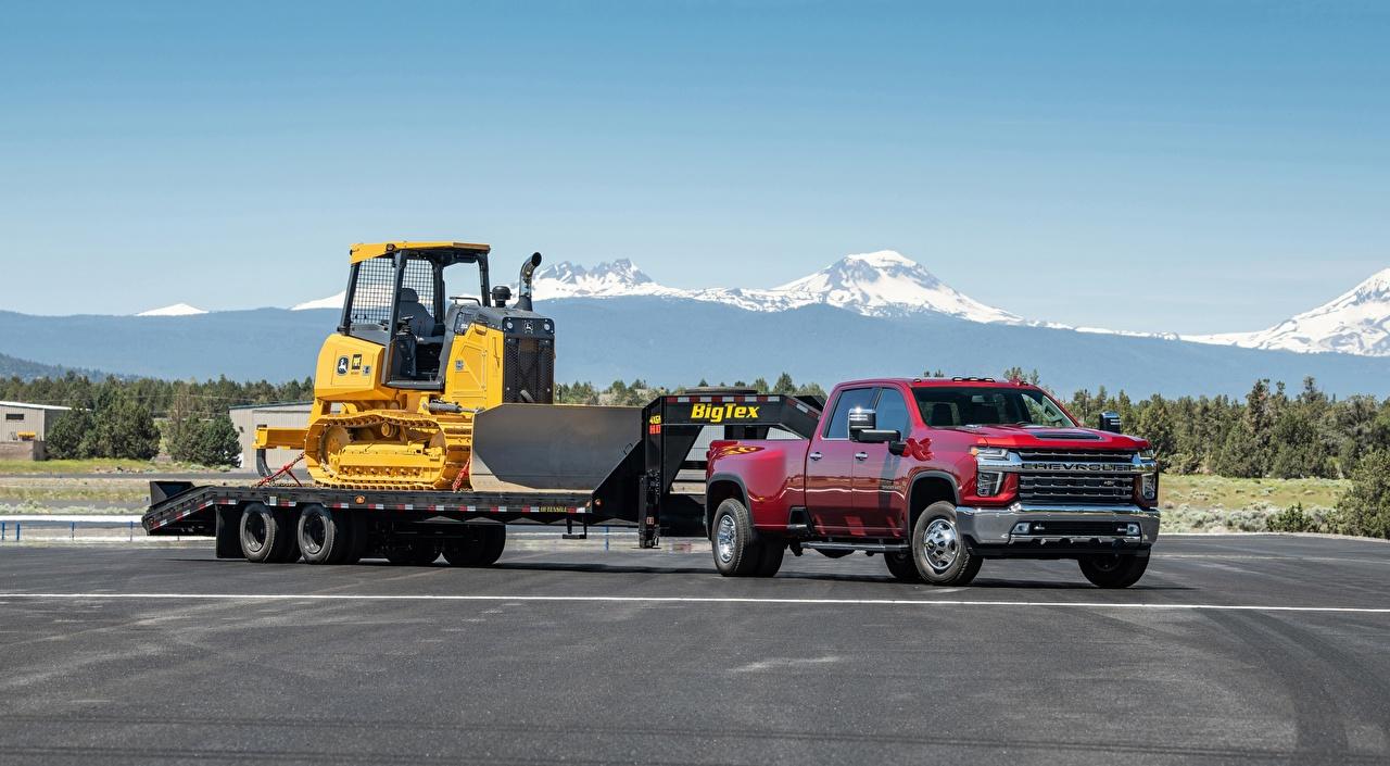 Fotos von Chevrolet traktoren Silverado, 3500 HD, LTZ Crew Cab, 2019 Pick-up Rot Autos Traktor auto automobil