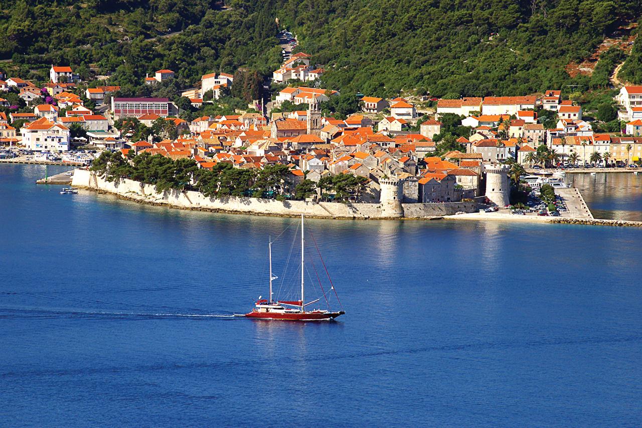 Хорватские пейзажи часто включают исторические достопримечательности