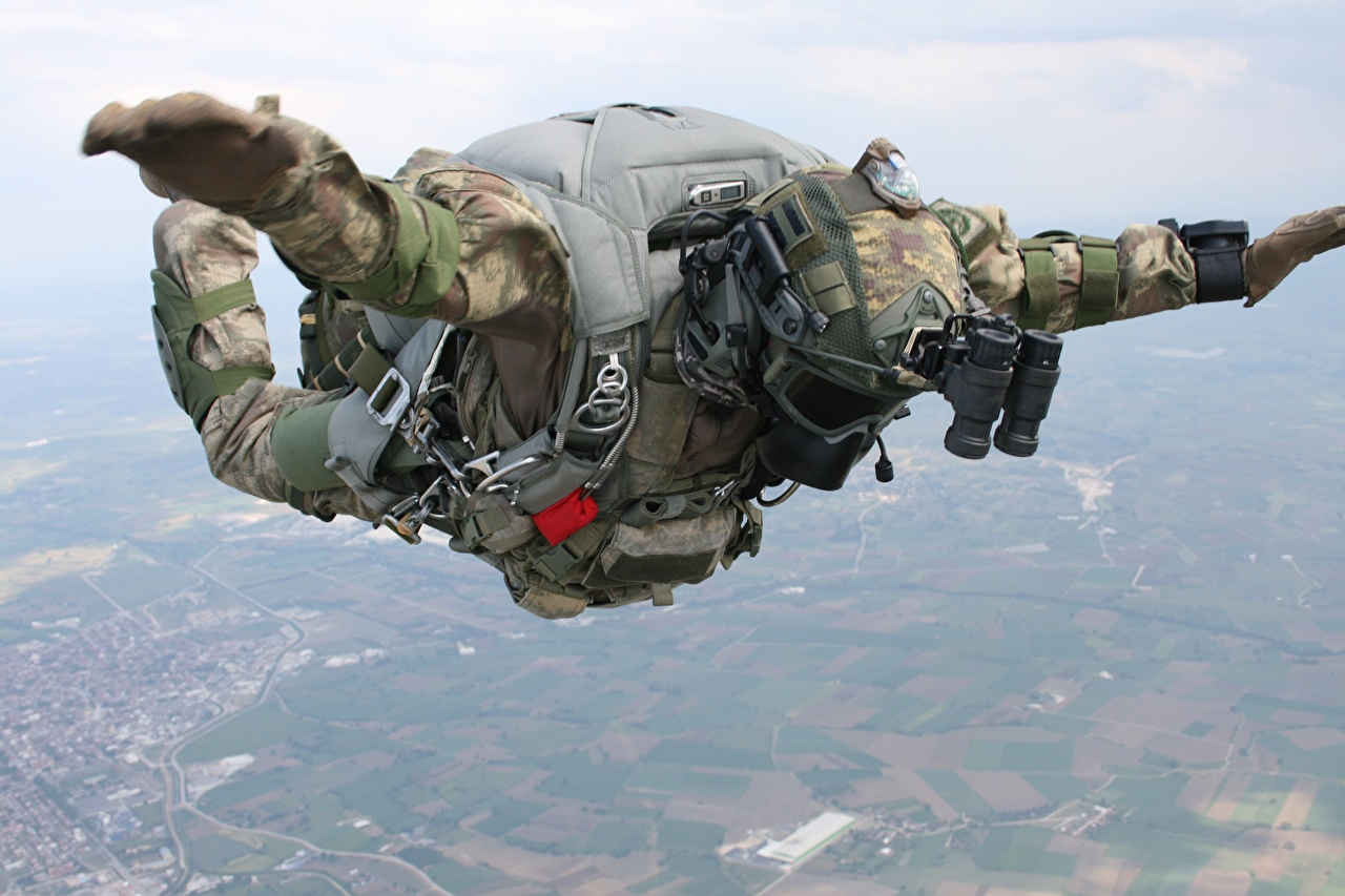 Wallpapers Special Forces Soldiers Fall Down Turkish Parachuting