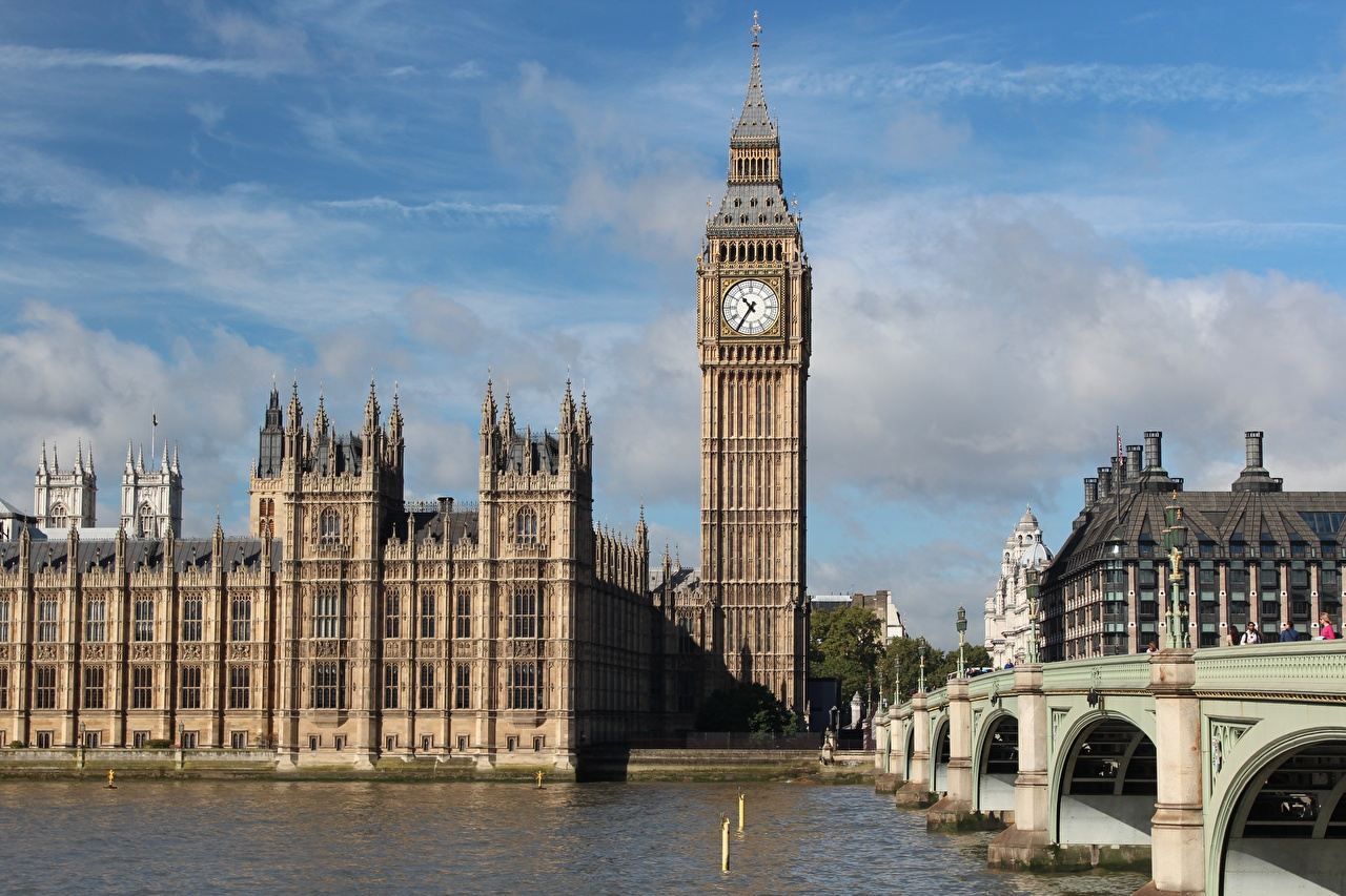 Desktop Hintergrundbilder London Big Ben England Turm Thames Uhr Brücke Flusse Städte Türme Brücken Fluss