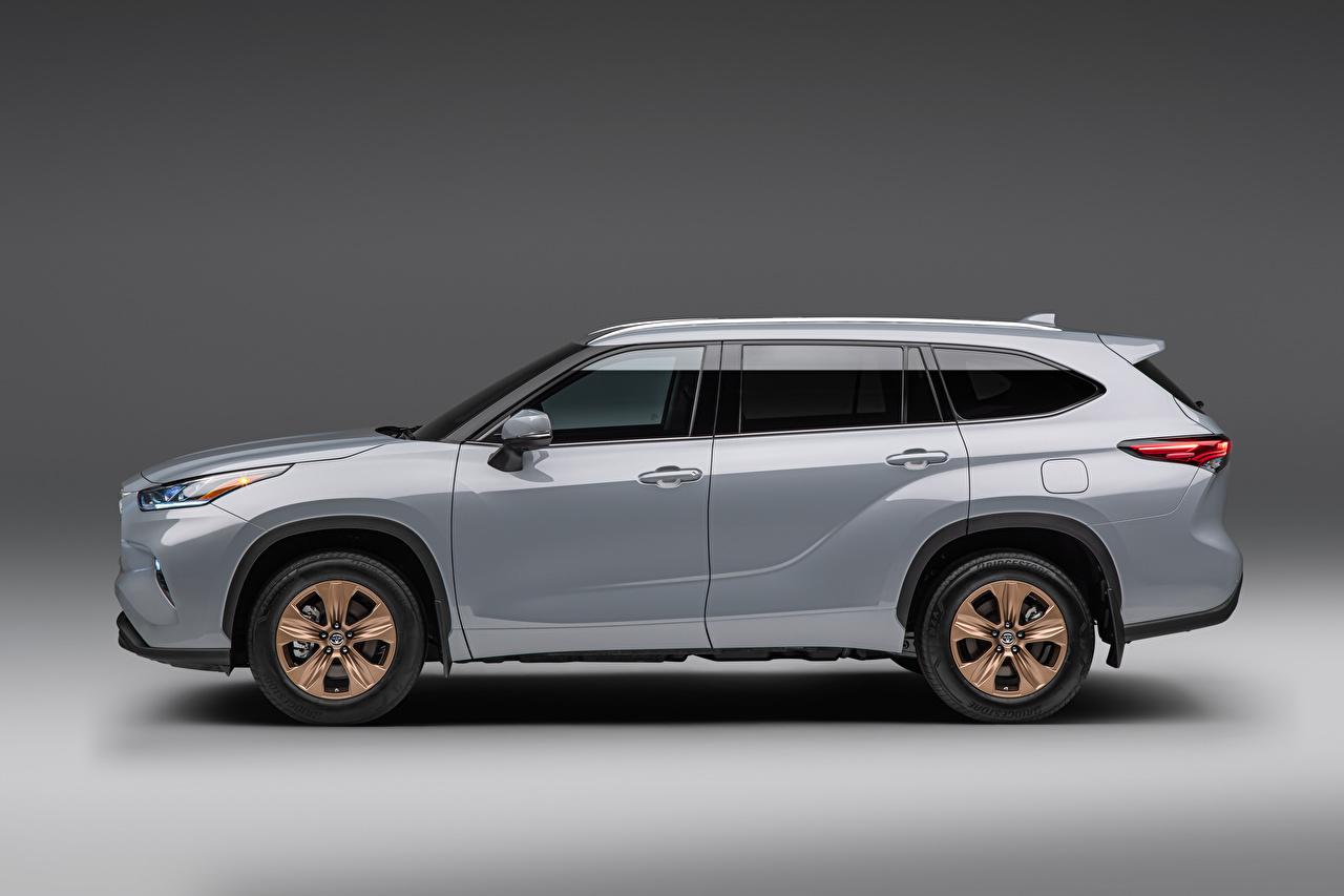 、トヨタ自動車、Highlander XLE 'Bronze Edition', (North America), 2021、灰色、メタリック塗、側面図、自動車、