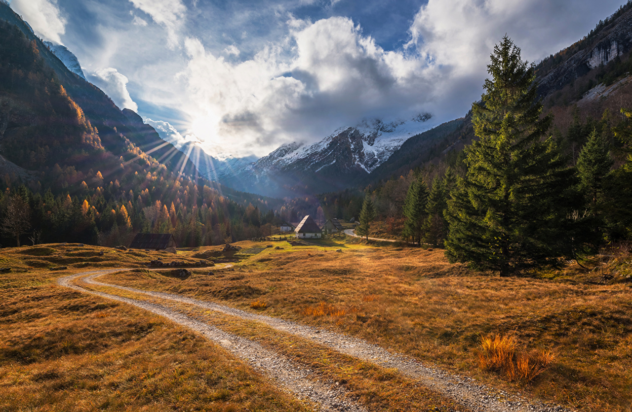 Pictures Rays of light Slovenia Zadnja Trenta Nature Spruce Mountains Scenery Forests Houses Landscape photography Building
