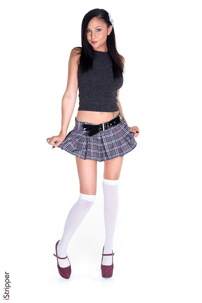 Bilder Ariana Marie Rock Brünette Long Socken iStripper junge frau Bein Hand Weißer hintergrund Stöckelschuh  für Handy Mädchens junge Frauen High Heels
