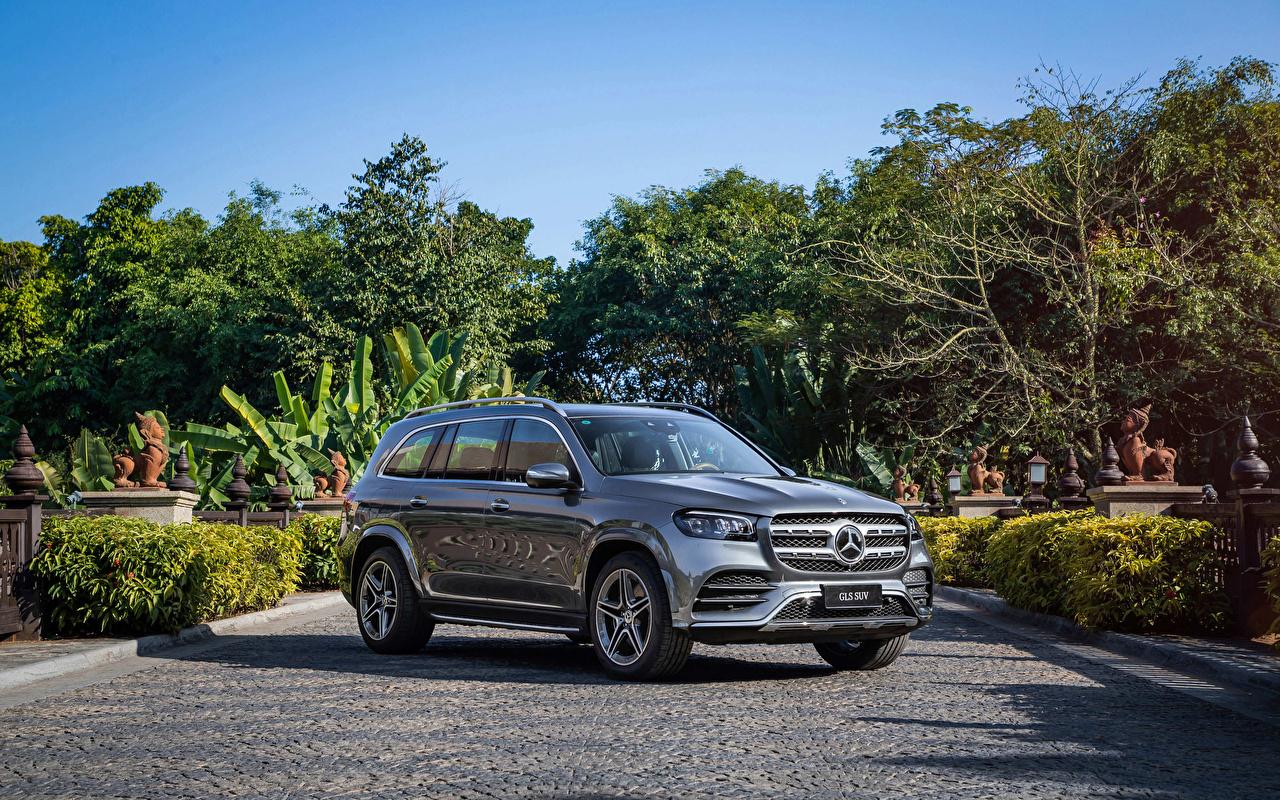 Image Mercedes-Benz SUV 2019-2020 GLS 450 4MATIC AMG Line Grey Cars Metallic Sport utility vehicle gray auto automobile