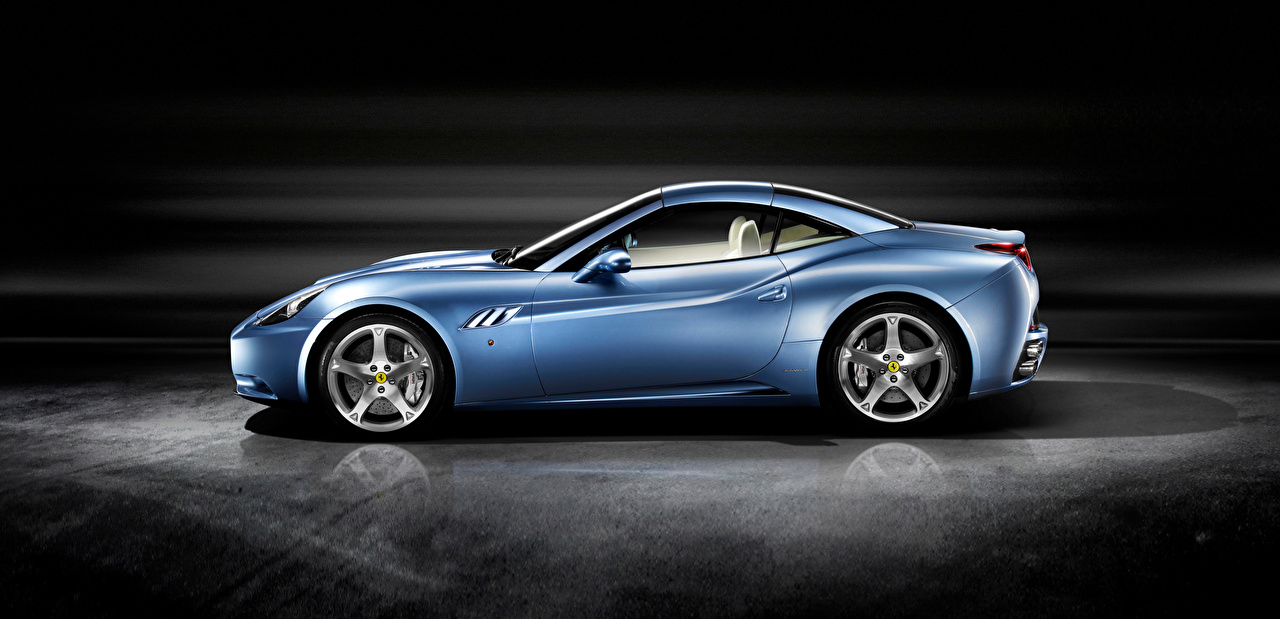 Fondos De Pantalla Ferrari Roadster Celeste Metalico Lateralmente Coches Descargar Imagenes