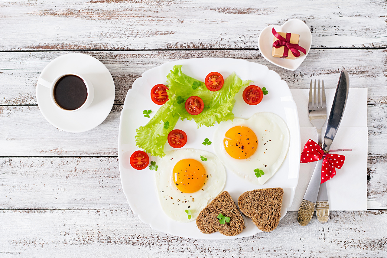 Photo Heart Fried egg Coffee Tomatoes Bread Gifts Cup Food Plate present