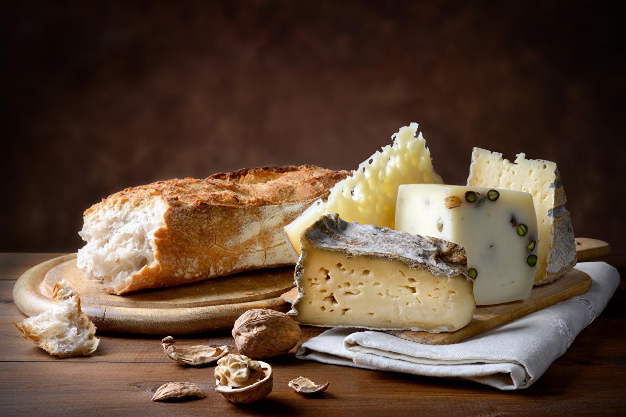 Bilder von Brot Käse Lebensmittel Schneidebrett Nussfrüchte Schalenobst