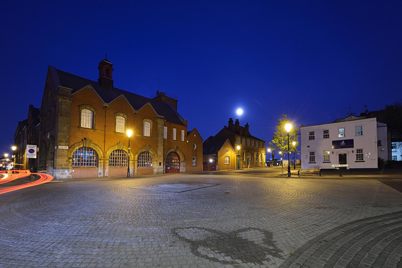 Inglaterra Casa Dayus Square Birmingham Praça da cidade Noite Revérbero Lua Edifício Cidades